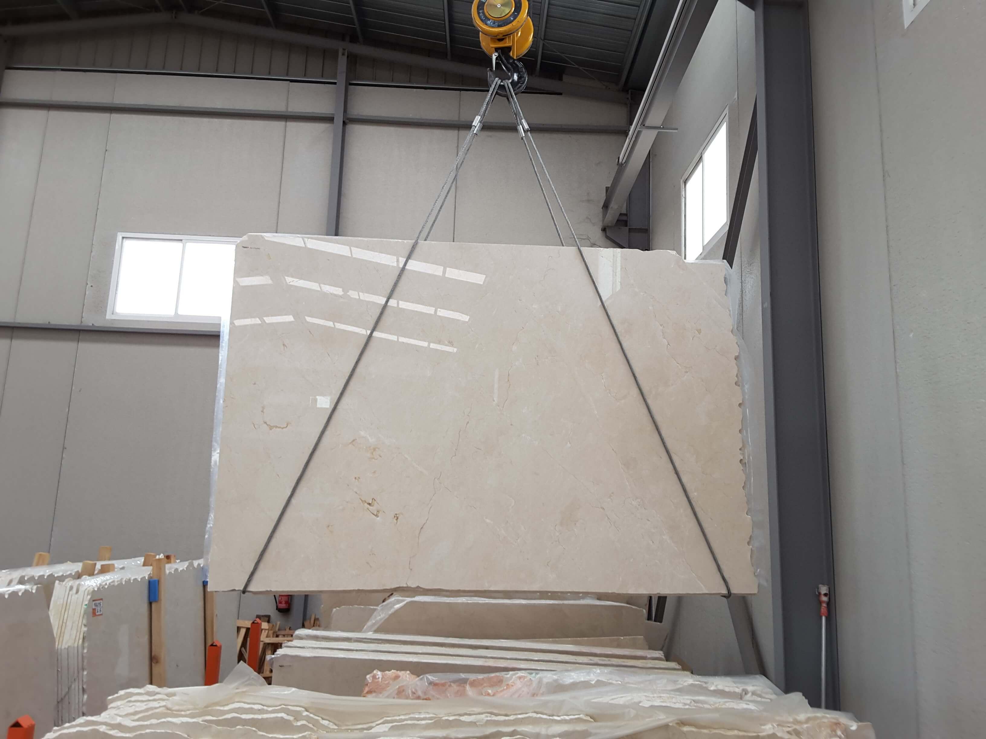 Crema Marfil marble, the king of interior design